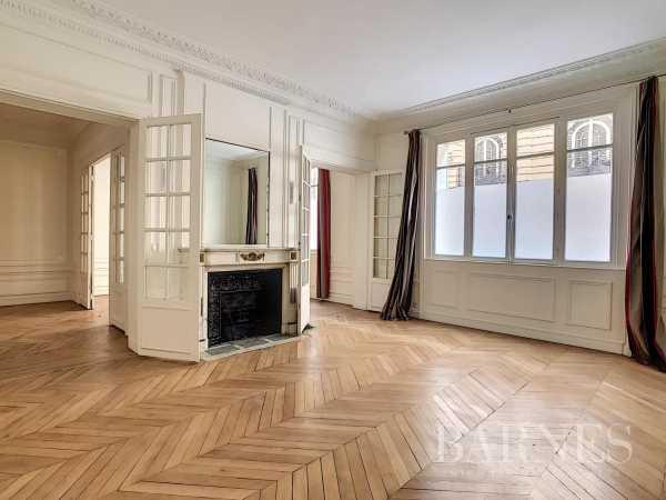 Appartement Paris 75016  -  ref 4841836 (picture 1)