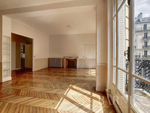 Appartement Paris 75016  -  ref 2766673 (picture 2)