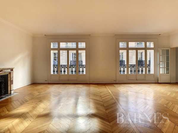 Appartement Paris 75016  -  ref 4363931 (picture 2)