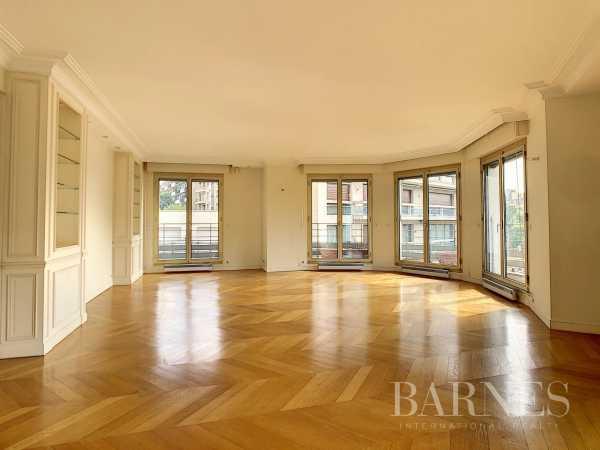 Appartement Paris 75016  -  ref 5763771 (picture 1)