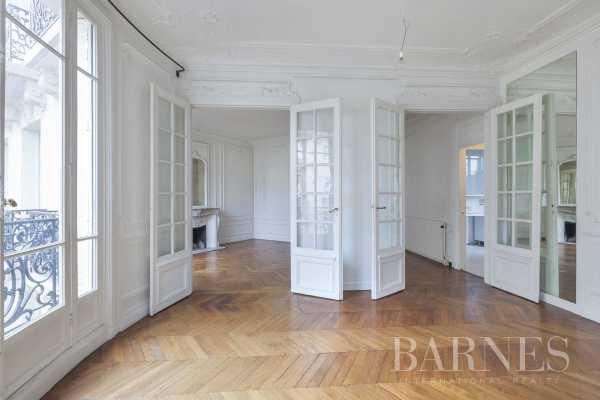 Appartement Paris 75016  -  ref 2766737 (picture 2)