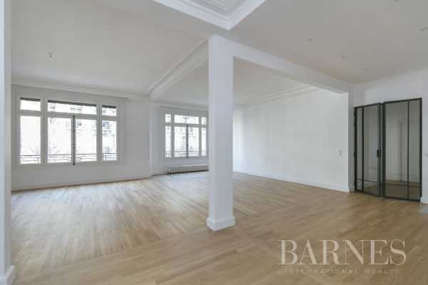 Apartment Paris 75016  -  ref 3706435 (picture 2)