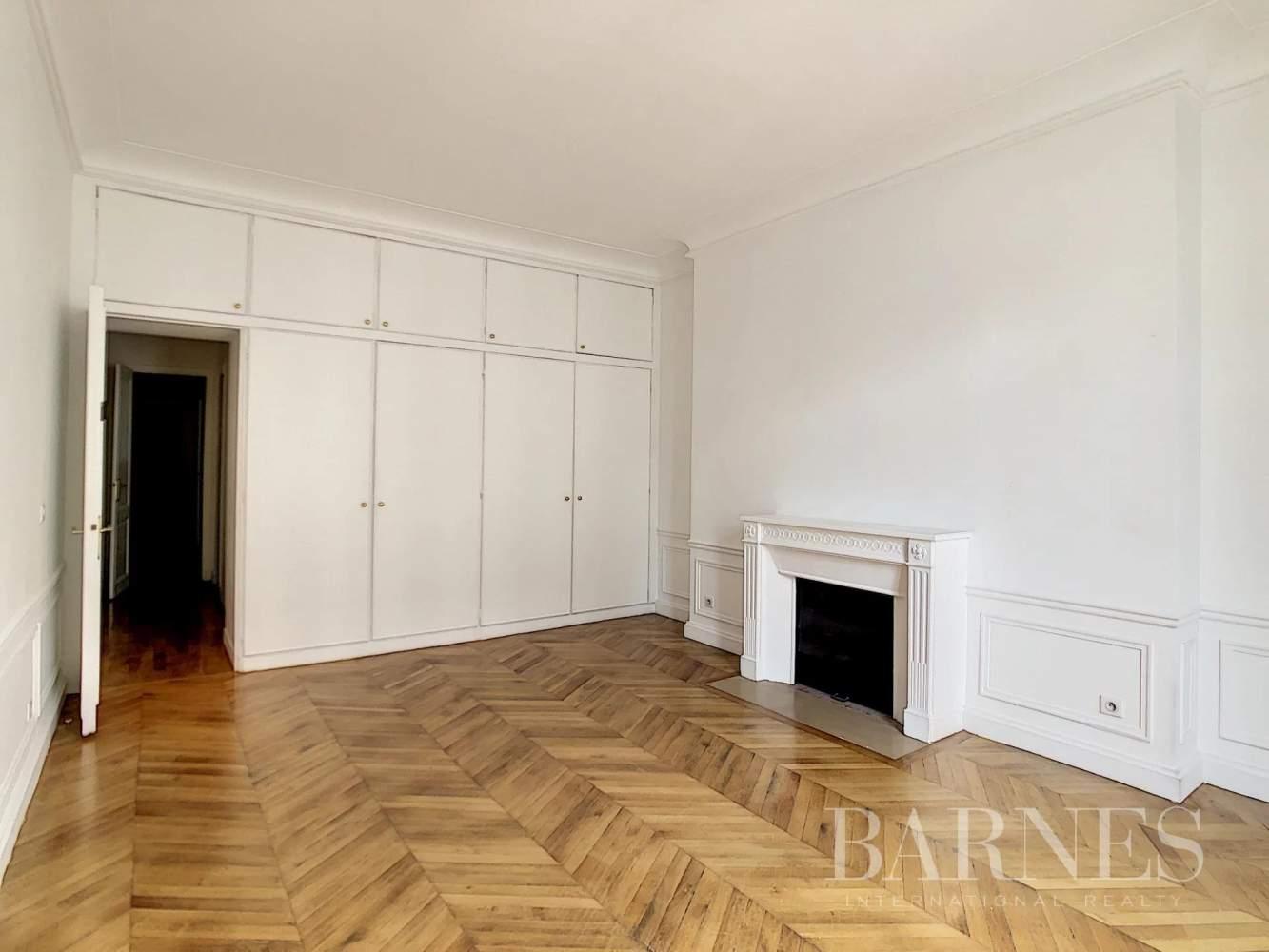 Paris  - Appartement 7 Pièces 3 Chambres - picture 5