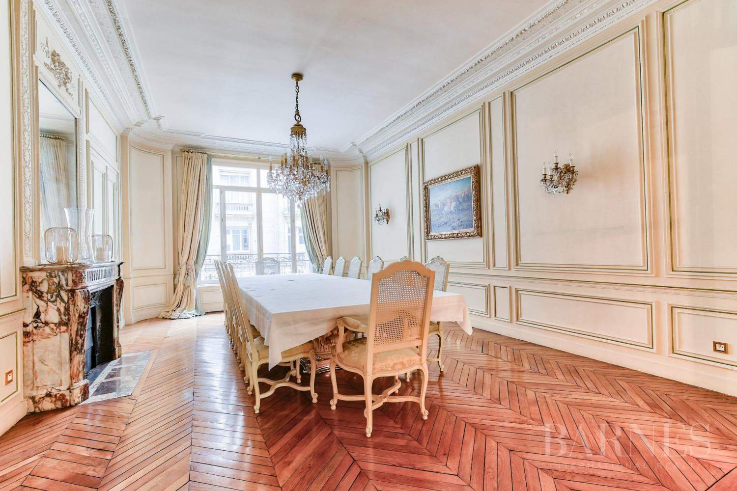 PARIS 16 - VICTOR HUGO / RAYMOND POINCARE - HIGH-END APARTMENT - FURNISHED OR UNFURNISHED - 1ST FLOOR - 390M² (4,198 SQ FT) - 4 BEDROOMS picture 7