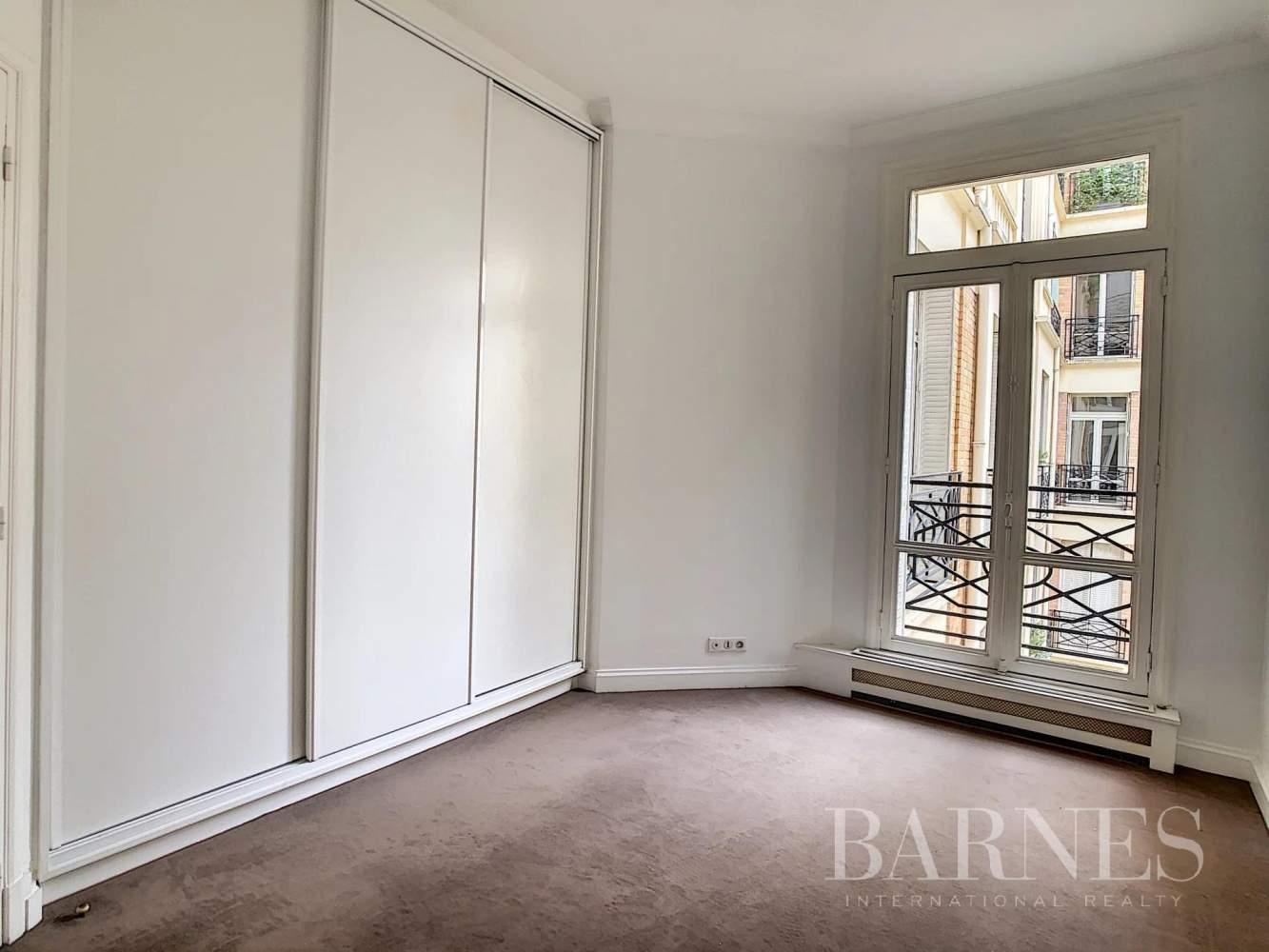 Paris  - Appartement 7 Pièces 3 Chambres - picture 14