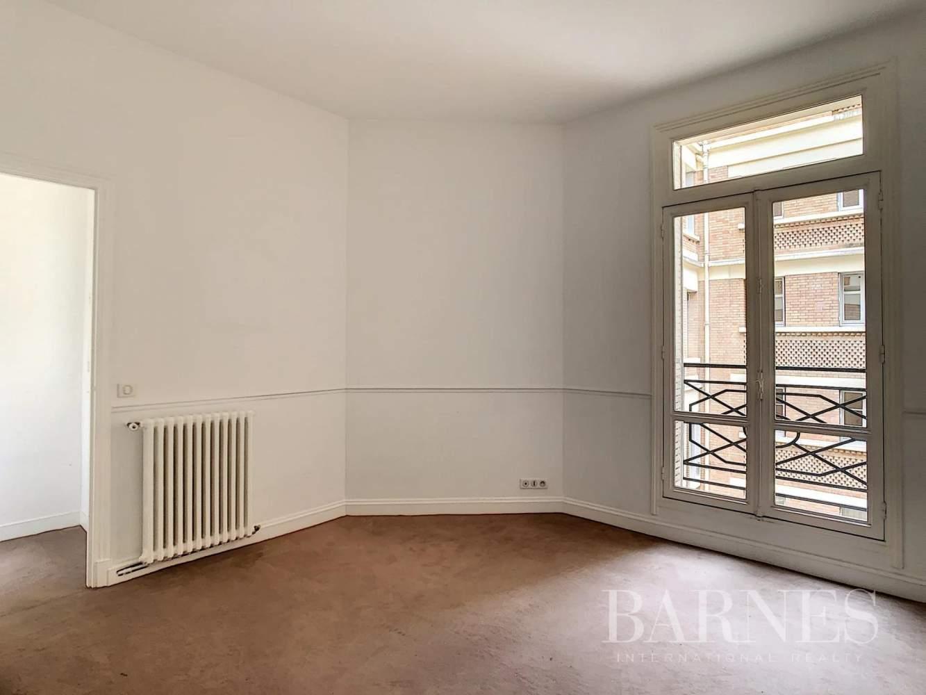 Paris  - Appartement 7 Pièces 3 Chambres - picture 16