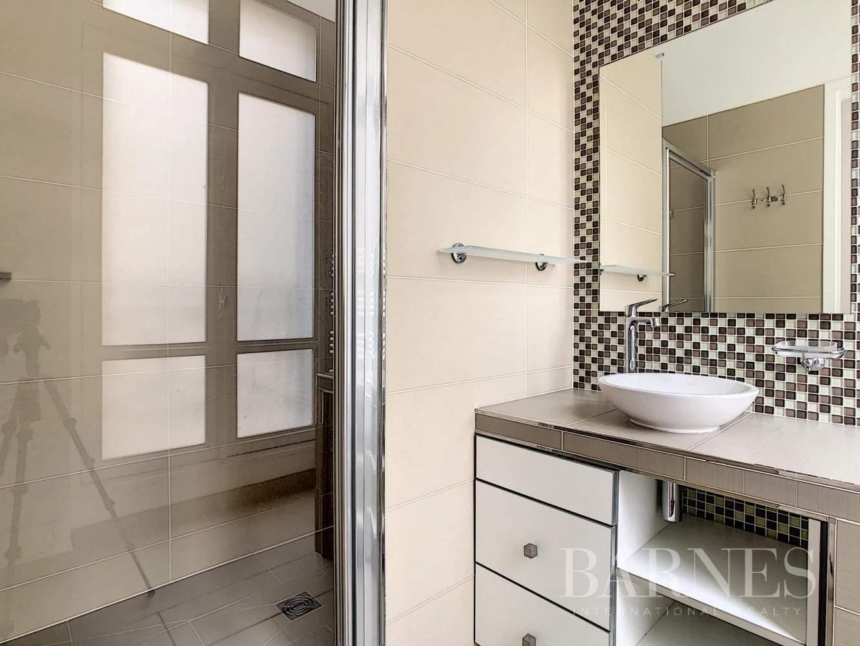 Paris  - Appartement 7 Pièces 3 Chambres - picture 10