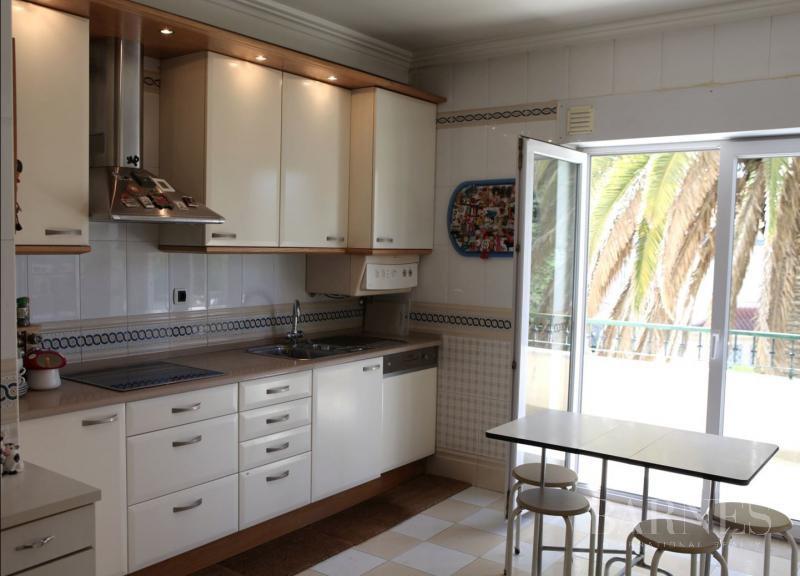 Estoril  - Appartement 5 Pièces 4 Chambres