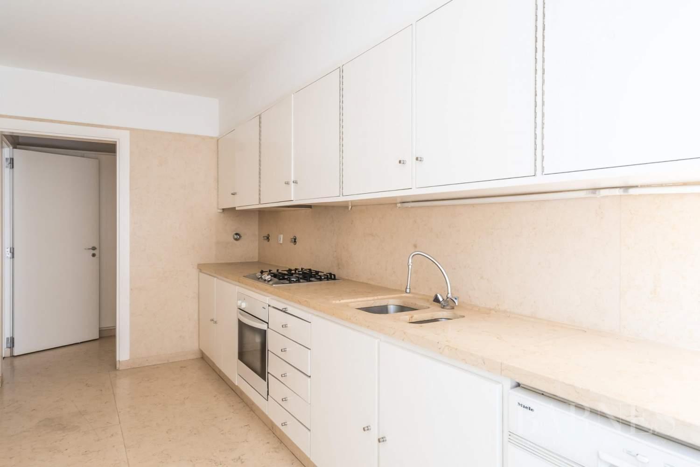 Lisboa  - Appartement 5 Pièces 4 Chambres - picture 9