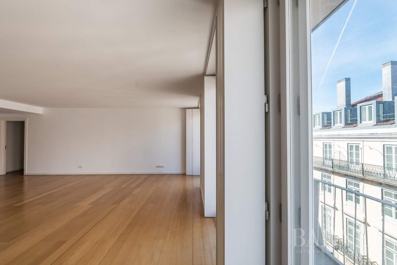 Lisboa  - Appartement 5 Pièces 4 Chambres - picture 4