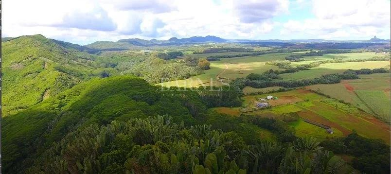 Plot of land Sébastopol