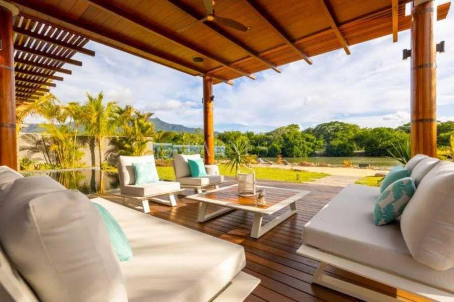 Rivière Noire  - Villa 6 Bedrooms