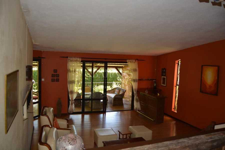 Floréal  - Maison 9 Pièces 4 Chambres