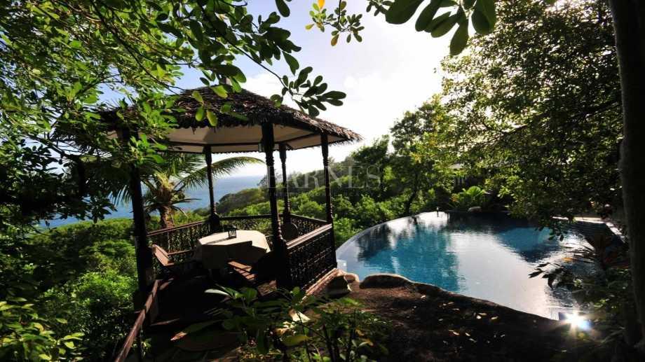 Anse Royale  - Villa 5 Bedrooms