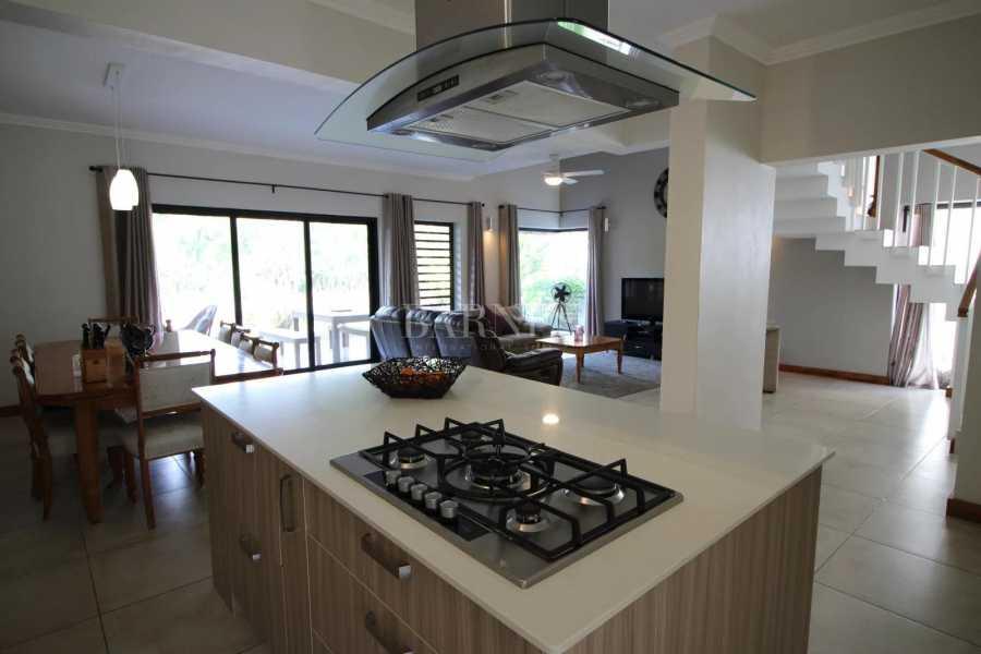 Rivière Noire  - Duplex 4 Bedrooms