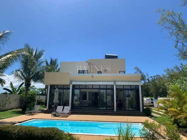 Villa Belle Mare  -  ref 5281029 (picture 2)