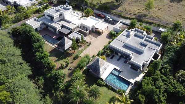 Villa Rivière Noire  -  ref 5755066 (picture 2)