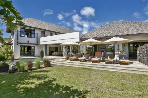 Villa Beau Champ  -  ref 5282434 (picture 1)