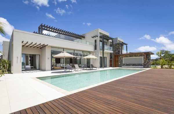 Villa Beau Champ  -  ref 5282393 (picture 1)