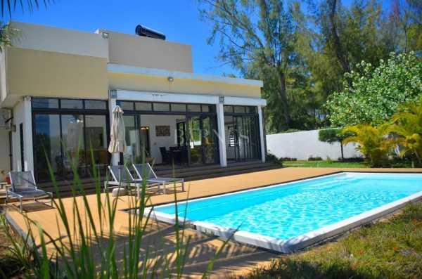 Villa Belle Mare  -  ref 5281029 (picture 1)