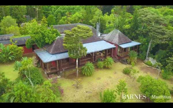 Villa Chamarel  -  ref 5282005 (picture 2)