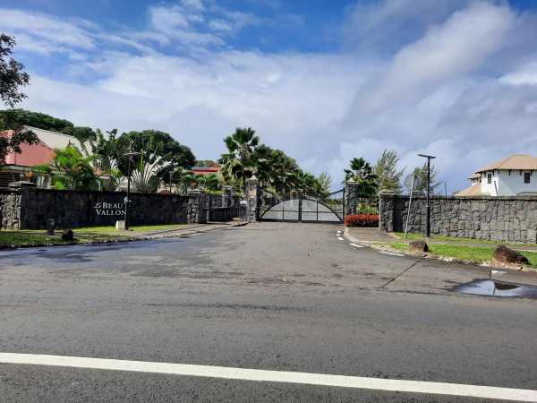Residential land Beau Vallon  -  ref 6082120 (picture 1)