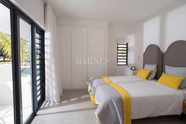 Villa Rivière Noire  -  ref 5282010 (picture 2)
