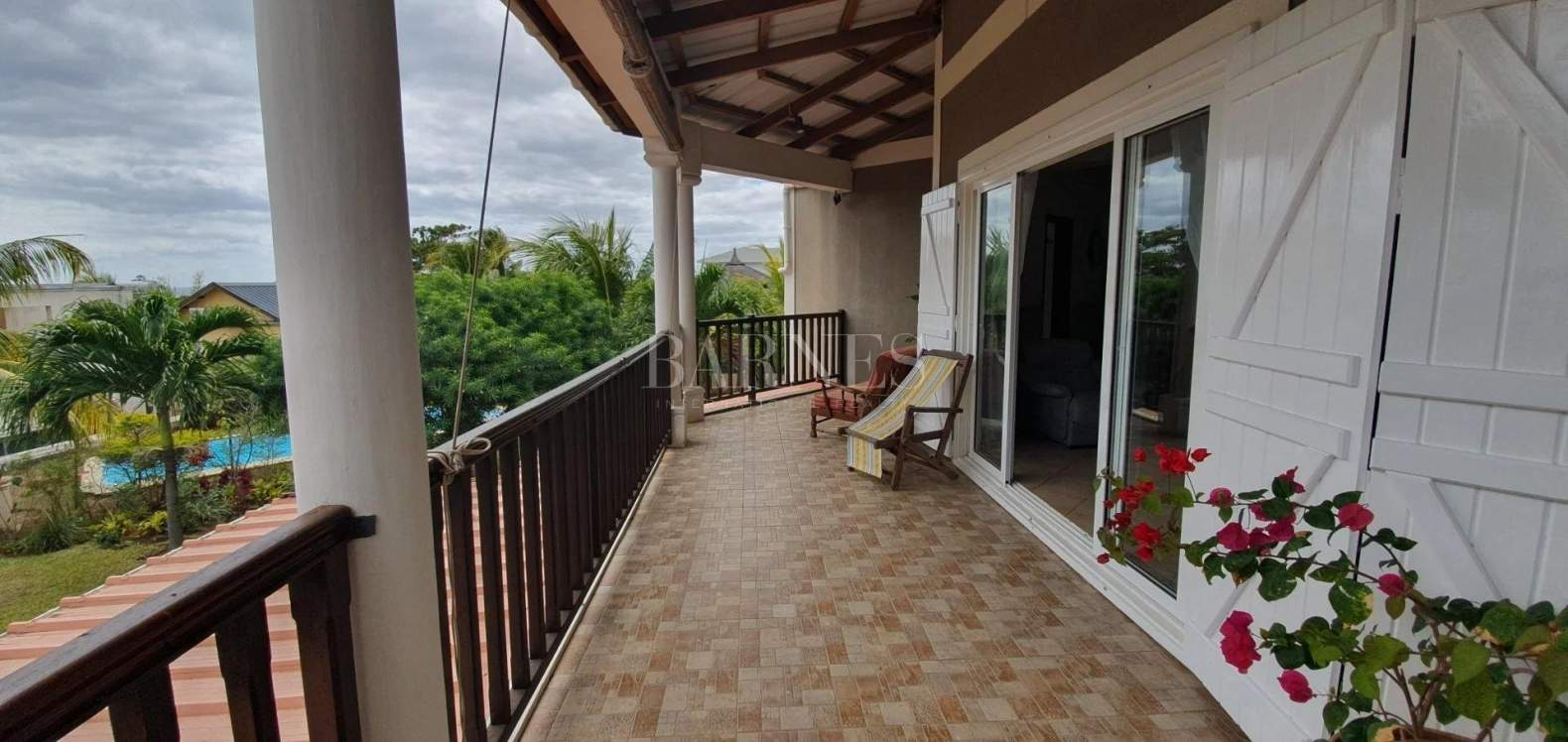 Tamarin  - House 5 Bedrooms - picture 2