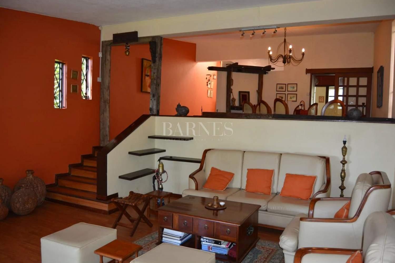 Floréal  - Maison 9 Pièces 4 Chambres - picture 6