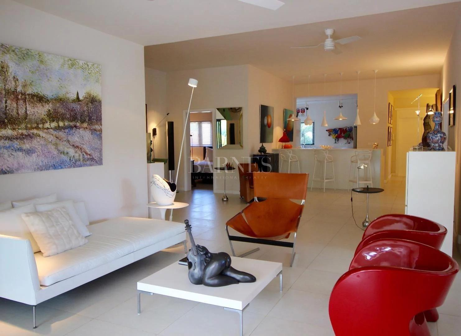 Rivière Noire  - Villa 3 Bedrooms - picture 1