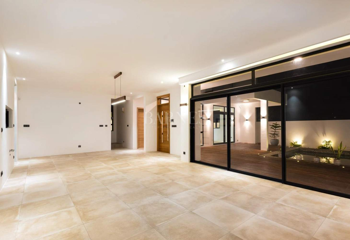 Quatre Bornes  - House 4 Bedrooms - picture 10