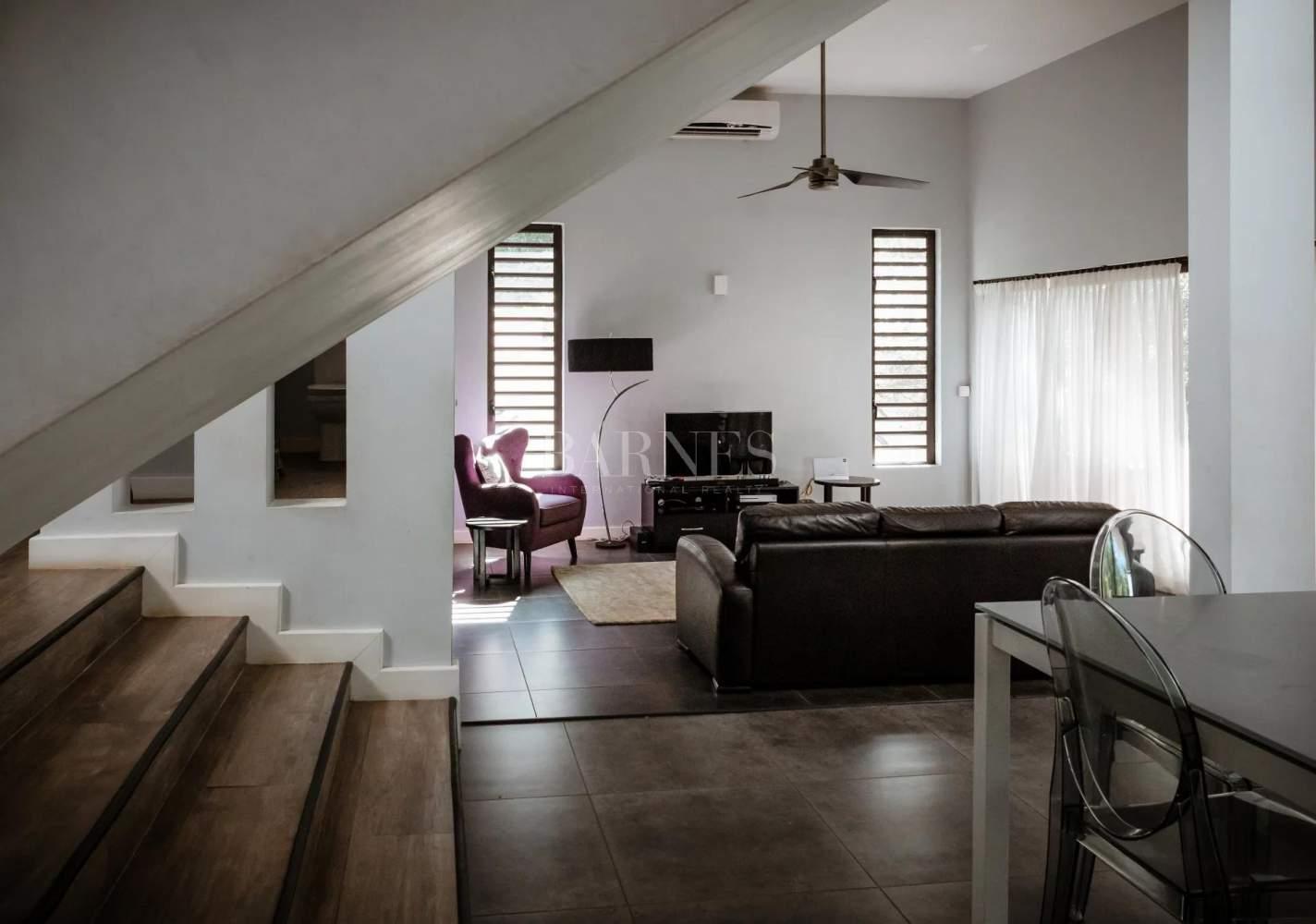 Rivière Noire  - House 5 Bedrooms - picture 2