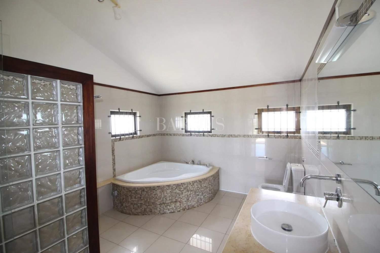 Rivière Noire  - House 5 Bedrooms - picture 10
