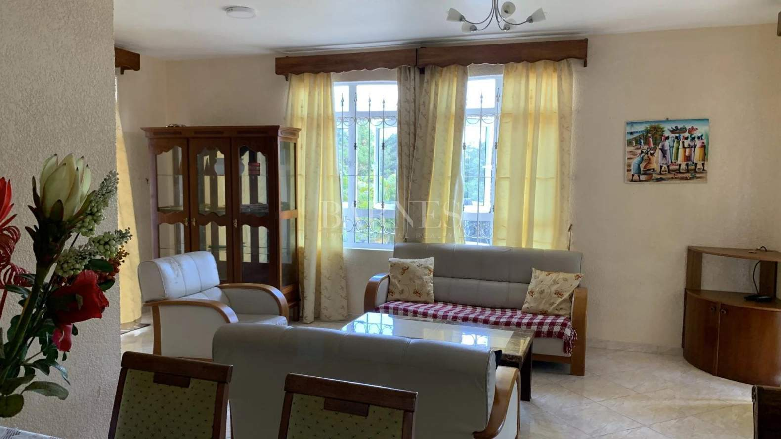 Belle Mare  - House 4 Bedrooms - picture 3