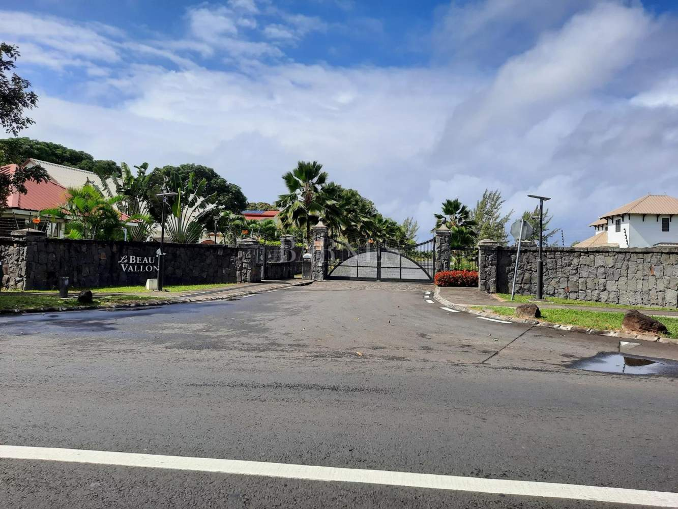 Beau Vallon  - Residential land  - picture 1
