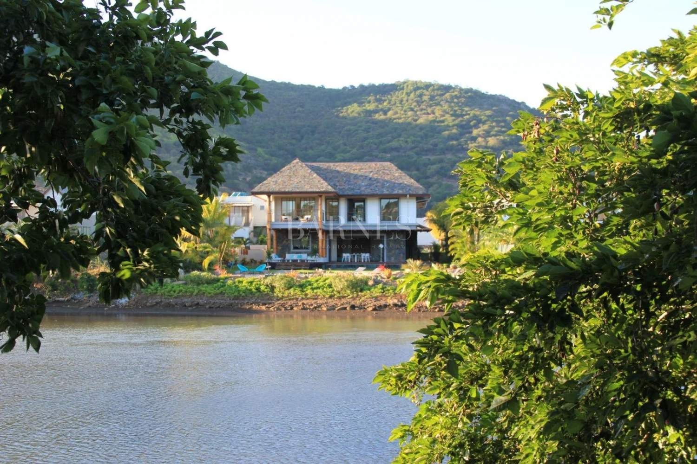 Rivière Noire  - Villa 6 Bedrooms - picture 18