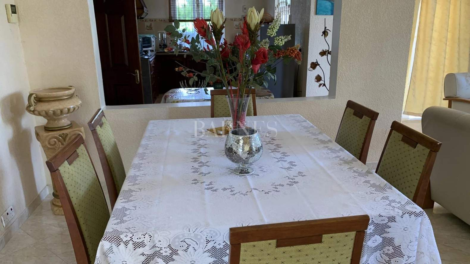 Belle Mare  - House 4 Bedrooms - picture 4