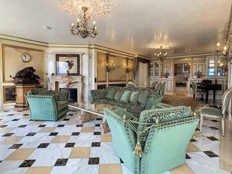 Montreux  - Attique 6.5 Pièces 3 Chambres