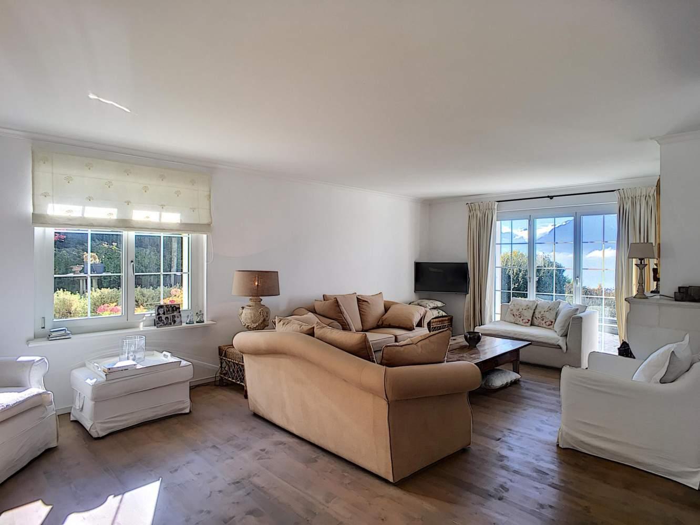 Belle maison de 6.5 pièces avec vue panoramique sur le lac picture 8