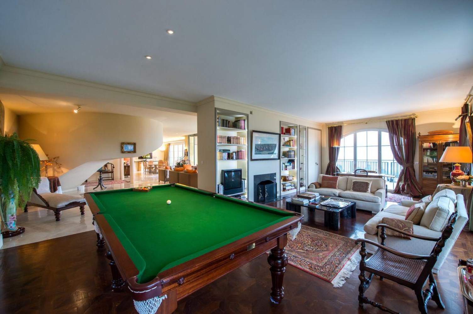 Master property with panoramic view picture 10
