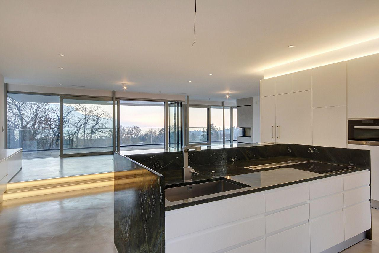 Montreux  - House 4 Bedrooms - picture 6