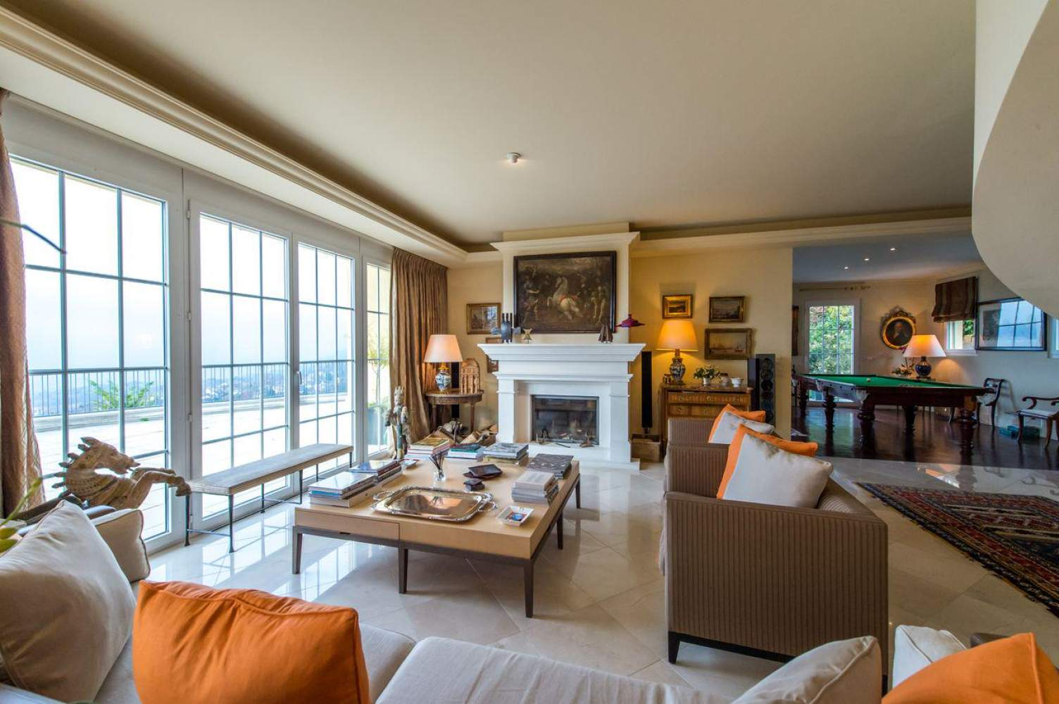 Master property with panoramic view picture 4