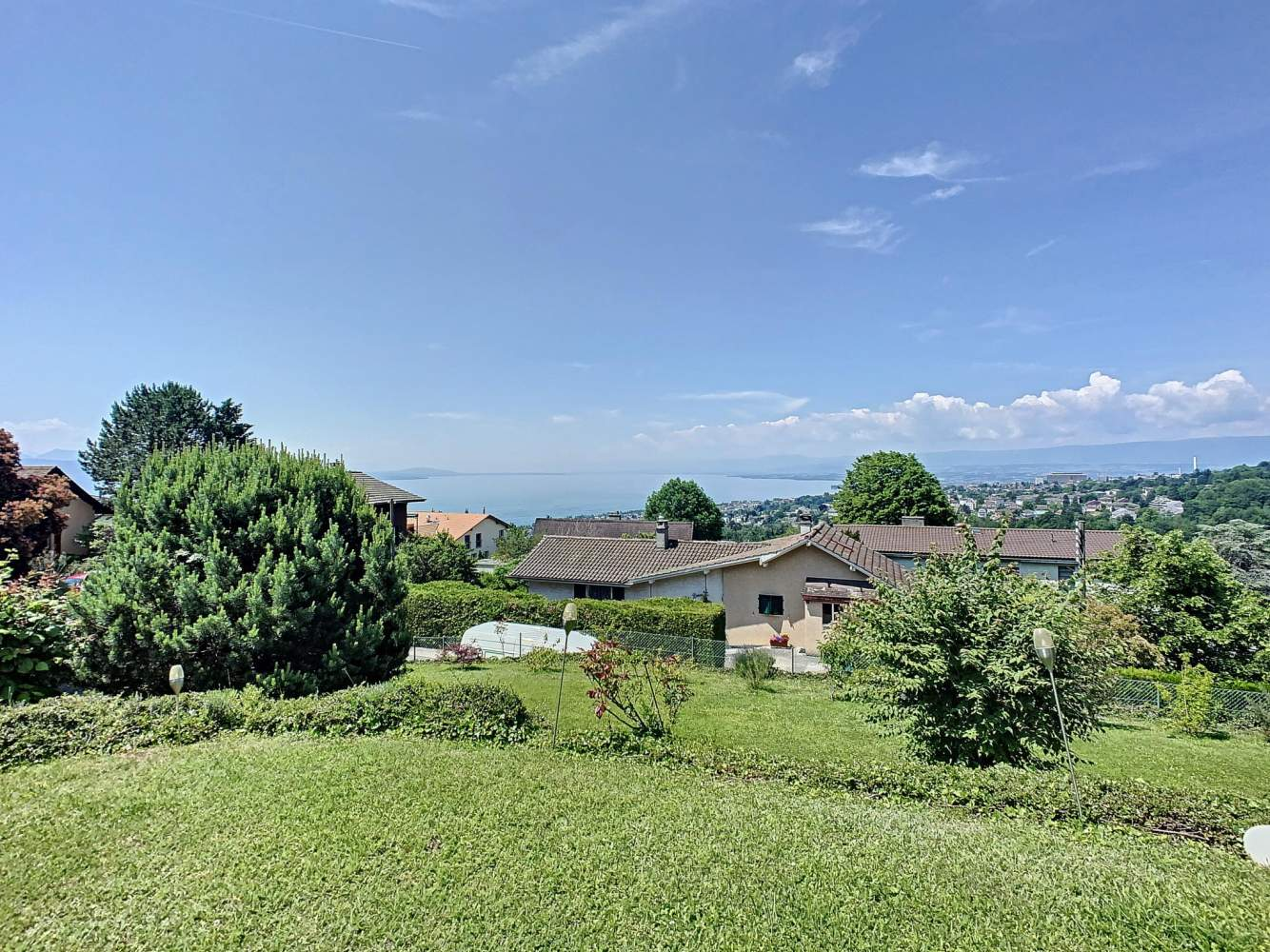 Belmont-sur-Lausanne  - Maison 7 Pièces 5 Chambres - picture 2