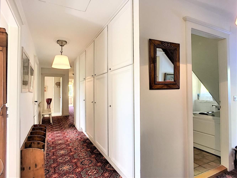 Lussy-sur-Morges  - Maison 14 Pièces 9 Chambres - picture 13