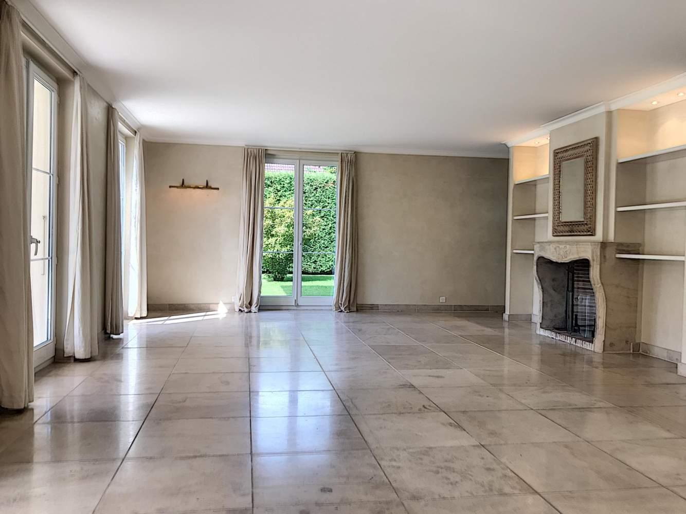 Commugny  - Maison 6.5 Pièces 4 Chambres - picture 6