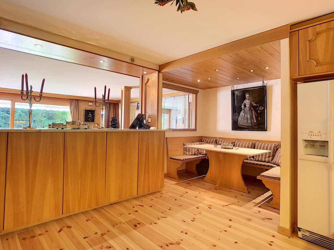 Splendide appartement d'exception avec piscine privée intérieure et appartement d'invités de 3 pièces picture 6
