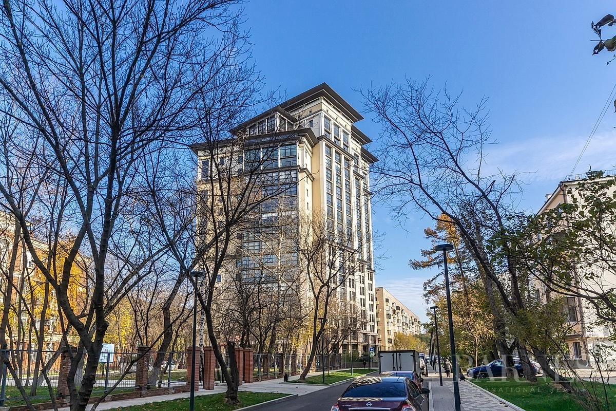 Moscow  - Квартира 5 Комнаты - picture 1