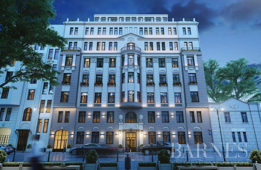Moscow  - Квартира 3 Комнаты 2 Спальни - picture 1