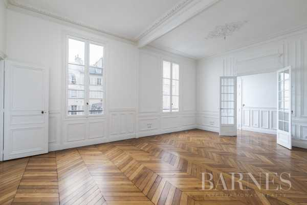 Appartement Paris 75007  -  ref 4989121 (picture 3)