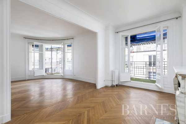 Appartement Paris 75007  -  ref 5466324 (picture 3)